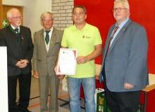Gerd Koch mit der Silbernen Ehrennadel ausgezeichnet